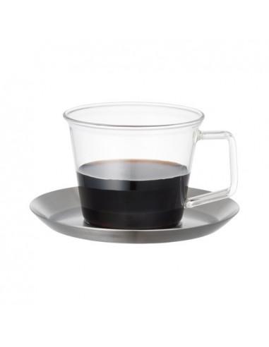 كأس مع صحن تقديم من كنتو